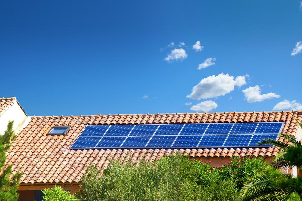 scegliere l'impianto fotovoltaico che costa meno, non sempre è una scelta saggia